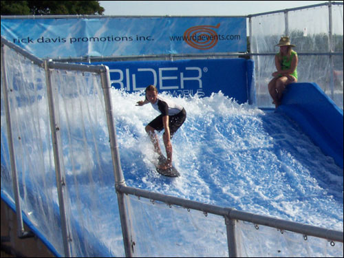 Flowrider Mobile Wave, CNE, August 25, 2009