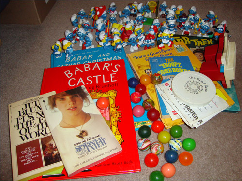 C.K. Time Capsule: childhood goodies including View-Master, Star Trek annual, Smurfs etc