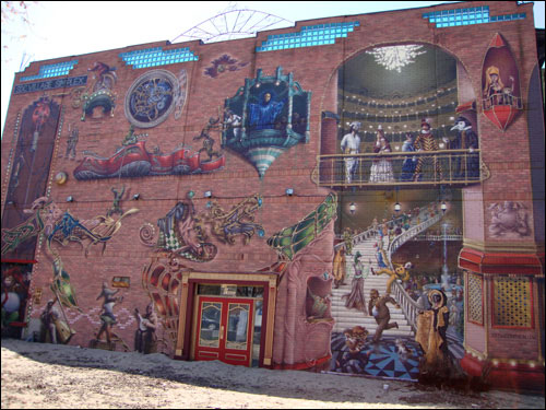 mural in The Village, Montreal