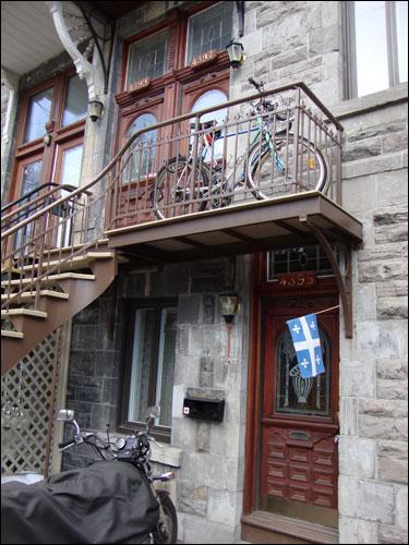 Plateau house, Montreal complete with fleur-de-lis.