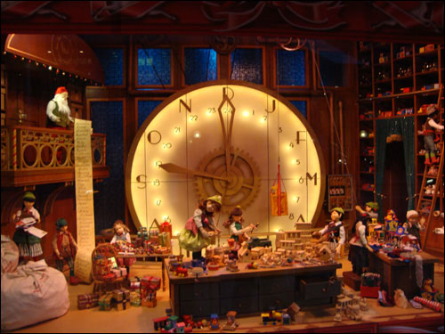 Hudson's Bay Christmas windows
